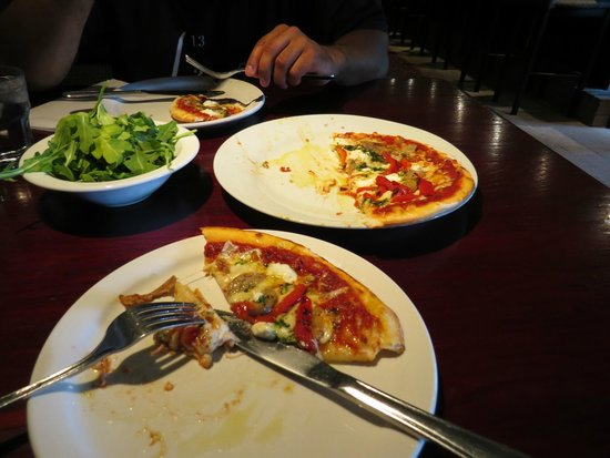 Pazzo Taverna and Pizzeria: Pizza (with arugula on the side)