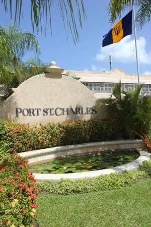 Port St. Charles: Entrance to paradise