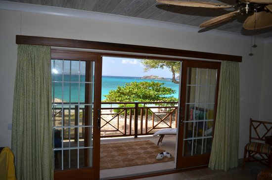 Bequia Beach Hotel: Beachfront Suite