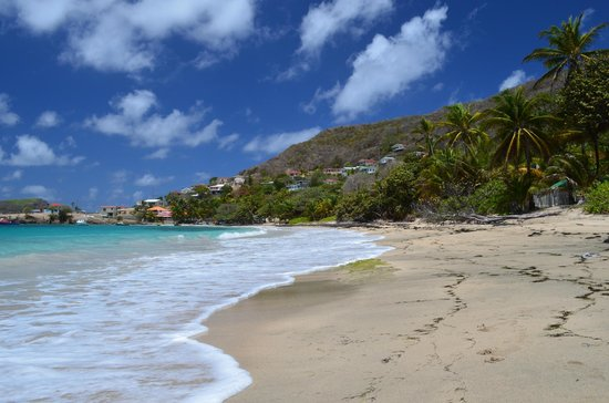 Bequia Beach Hotel: Friendship Bay Beach