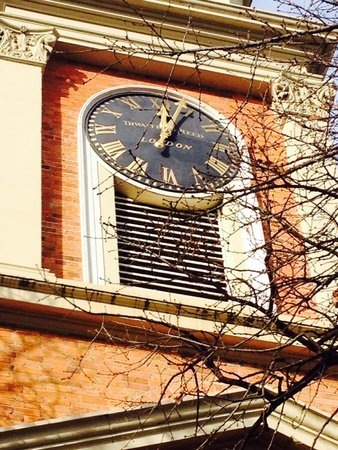 Hobart Convict Penitentiary: The beautiful clock face