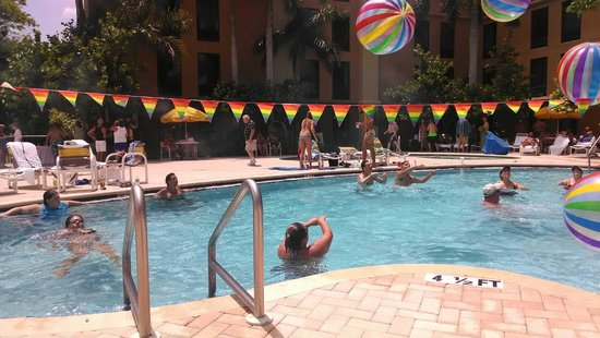Hampton Inn St. Petersburg: Perfect hotel for St. Pete Pride!