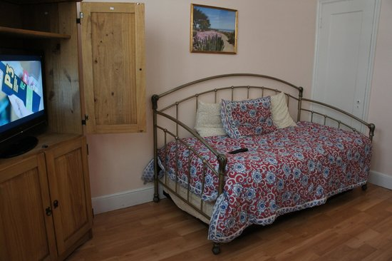 Hotel Mayflower: daybed