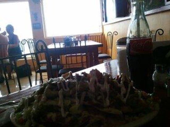 Rock 'n Java Caribbean Cafe: Delicious nachos