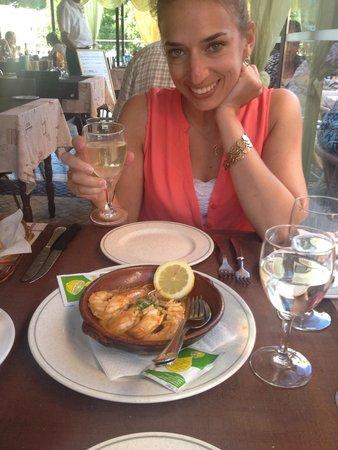 Braganca Mar : Garlic prawns...