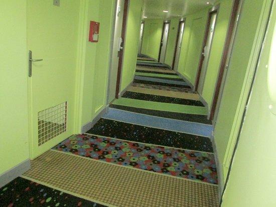 Mercure Paris La Défense : Hallway