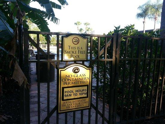 Rosen Inn International : non-smoking pool