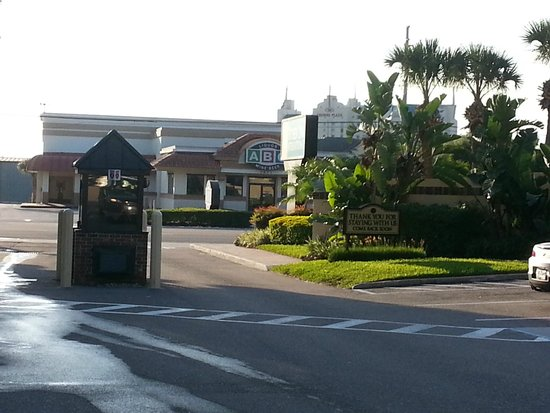 Rosen Inn International: 2nd guard