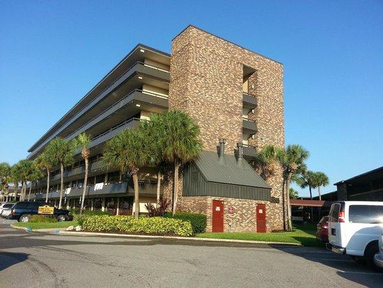 Rosen Inn International : hotel