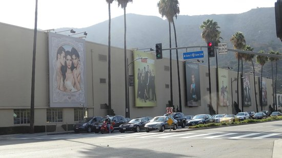 Warner Bros. Studio Tour Hollywood: Billboards of their shows