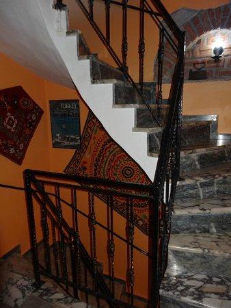 Hotel Nazar : attractive stairway