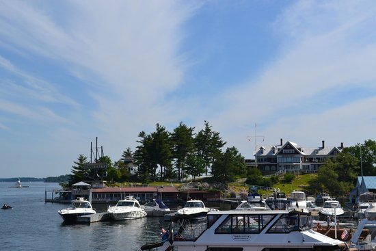 Bonnie Castle Resort: View of the Restaurant from the Uncle Sam Boat Tour