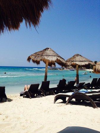 Catalonia Yucatan Beach: Tranquilidad y servicio