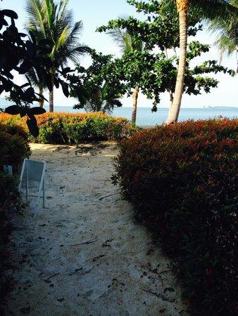 W Retreat Koh Samui: Close to the beach