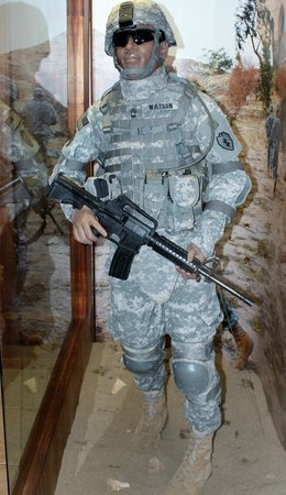 US Army Museum of Hawaii : modern soldier