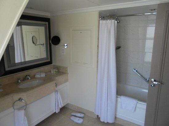 The Westin Paris - Vendôme : Bathroom