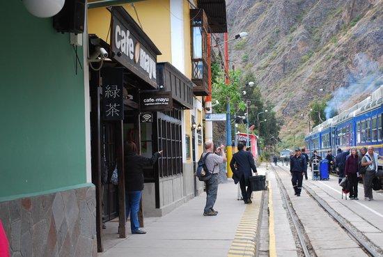 PeruRail - Vistadome: Estação de Trem.