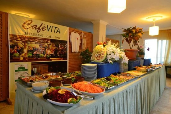 Cafe Vita Restaurant : BBQ NIGHT with Live Entertaiment