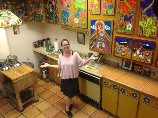 La Dona Luz Inn, An Historic Bed & Breakfast: Anela in the kitchen of the Inn!