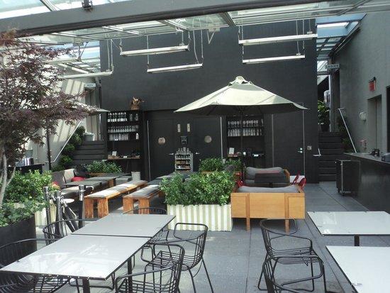 Hotel Americano: Roof bar/lounge