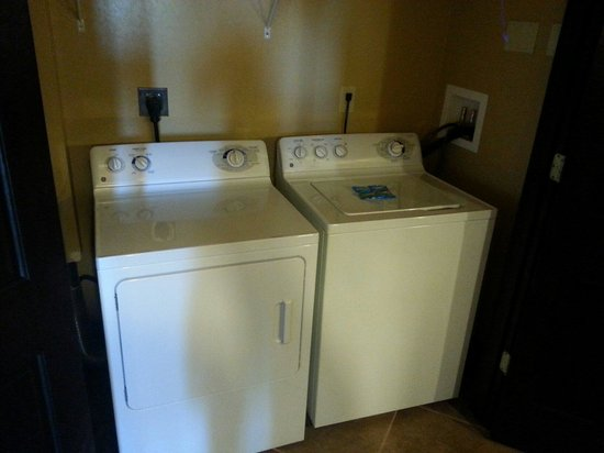 Full washer and dryer 1 bedroom presidential room 1106 - Picture of