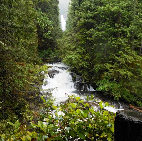 Wallace Falls State Park: View from Lower Falls