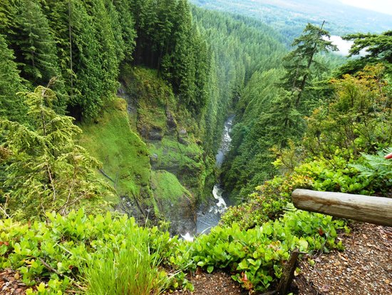 Wallace Falls State Park: View from Valley Overlook