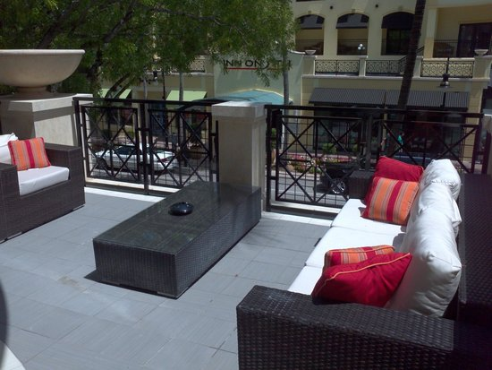Inn on Fifth : Spacious Terrace