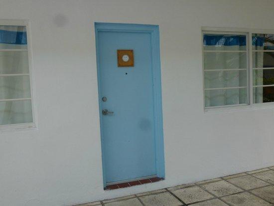 Aqua Hotel and Suites : Entrada a la habitación