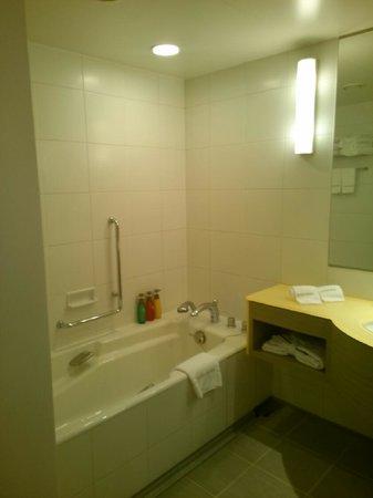 Haneda Excel Hotel Tokyu: 客室3