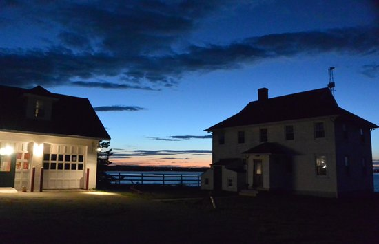 West Quoddy Head Station: Sunset at the lodge