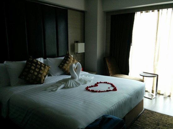 Grand Swiss Sukhumvit 11 by Compass Hospitality: Our room