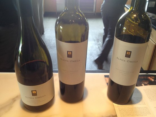 Alpha Omega Winery: The two other cabs and a pinot of the tasting
