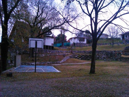 Alpendorf: Patio - cancha de basquet
