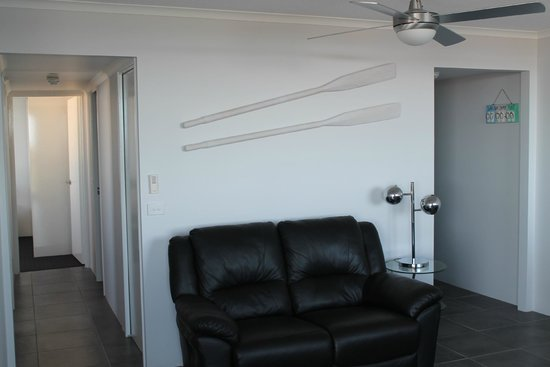 Banyandah Towers: Living room