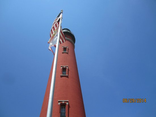 Ponce de Leon Inlet Lighthouse & Museum: The Lighthouse