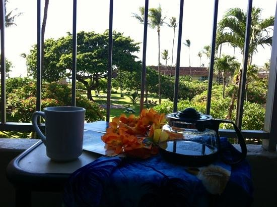 Kaanapali Beach Hotel: enjoying a cuppa on my hotel room balcony...