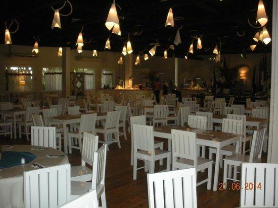 Henry Morgan Resort: Very nice dining room