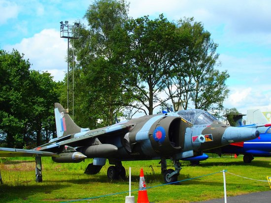 Yorkshire Air Museum: Harrier
