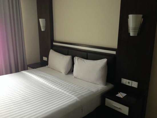 The BCC Hotel & Residence: Masterbed room