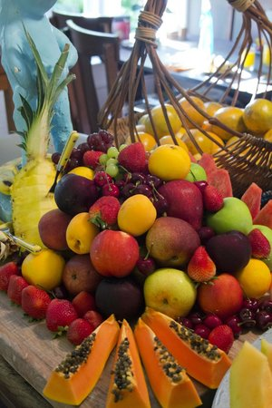 Key West Bed and Breakfast: the amazing fruit spread at breakfast