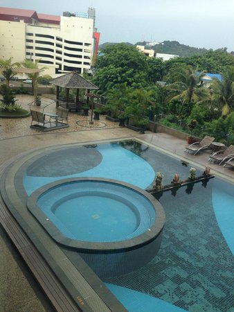 The BCC Hotel & Residence: Pool