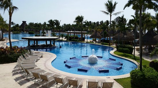 The Grand Mayan at Vidanta Riviera Maya: the great pool