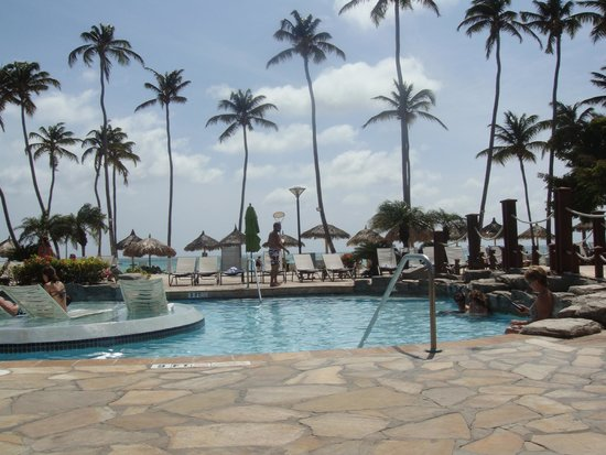 Holiday Inn Resort Aruba - Beach Resort & Casino: Pool