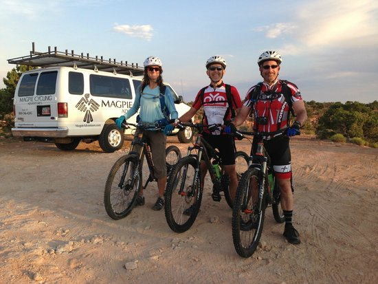 Magpie Cycling: Top of the canyon