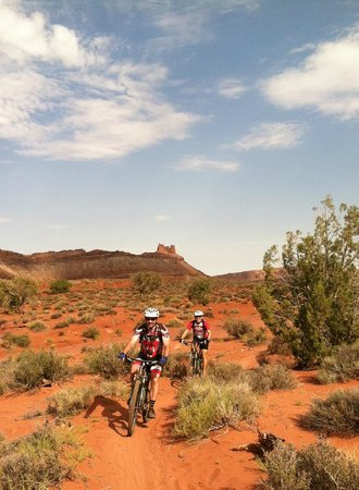 Magpie Cycling: riding the trails