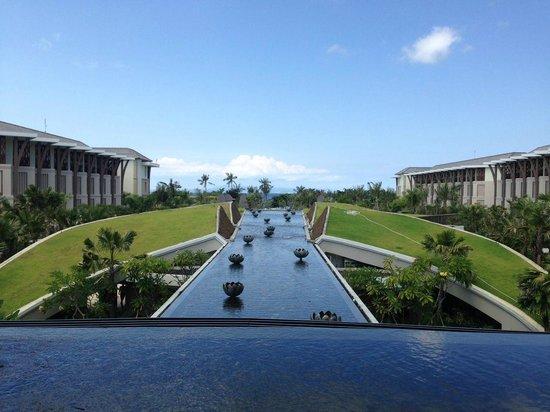 Sofitel Bali Nusa Dua Beach Resort: It's the view from Hotel Lobby