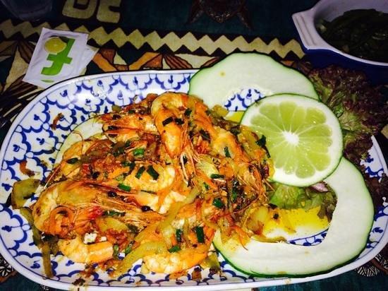 Restaurant Coco D'isle : garlic & butter LOCAL shrimp