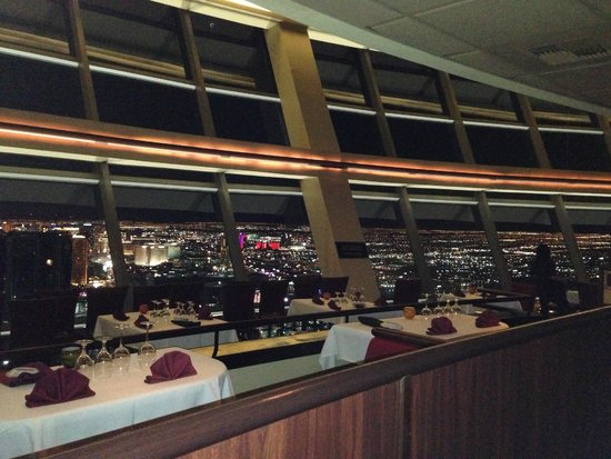 Stratosphere Tower: restaurant