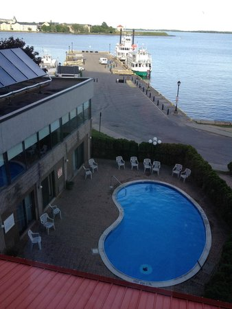 Confederation Place Hotel : Room View 2